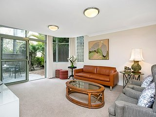 Leafy Ground Floor Sanctuary With Garden CAMM4, Cammeray