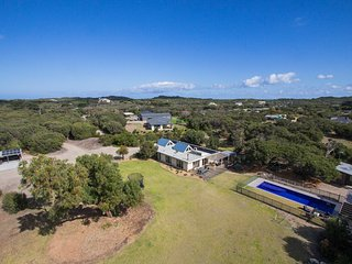 A Symphony of Sun & Sea -  private 4.5 acres with swimming pool