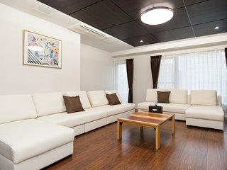 Huge Penthouse 4BD 11Beds 17ppl Osaka MAT54
