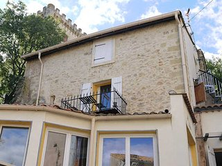 Conas holiday cottages in South France near Pezenas and coast, sleeps 6