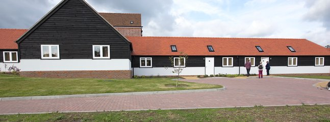 FRONT OF ABBEY VIEW COTTAGES