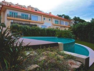 Sunny Villa for 6, Estoril