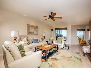 Premium Ocean Front,  2 Bedroom Condo in the Surfsong Complex, Solana Beach