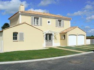 Villa Paisley holiday rental, L'Aiguillon-sur-Vie