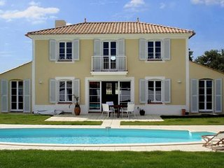 Villa Alba holiday rental, L'Aiguillon-sur-Vie