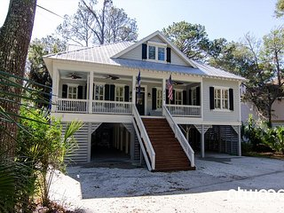 Turtle Shores - 4BR/3BA Showplace w/ Abundant Amenities & Resort Location