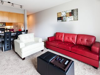 1 Bedroom Santa Monica Apartment Lic215
