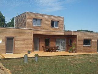 chambre d'hôtes dans maison bois ecologique, Theix