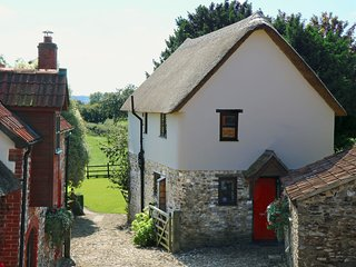 Red Doors Farm - Cider Barn, Honiton