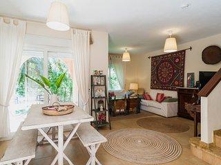 Casa Zahara de los Atunes 4 habitaciones y jardín con piscina
