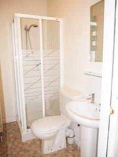 En-suite shower room to Master Bedroom.