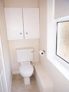 Family bathroom on first floor