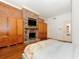 9091 - Huge 4 BR - UES, West New York