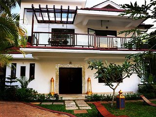 North Goa luxury unique 4 bedroom/bathroom Villa