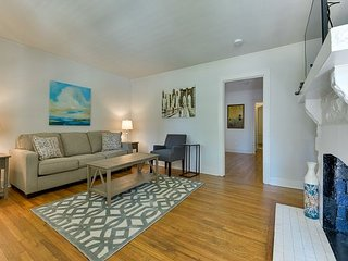 Newly Furnished 2BR Nashville Condo Steps to 12South & Hillsboro