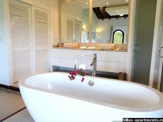 2BR skymoon.villas-apartments.rentals Sint-Maarten up to 6 guests