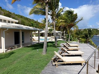 Villa LagoonSide ALSO RENTS AS A 4, 5 OR 6 BEDROOM SAINT-MARTIN, Marigot