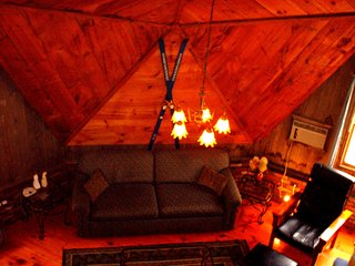 Amazing Geodesic Dome House - Hot Tub - Fireplace - Wifi - Near Sunday River Ski