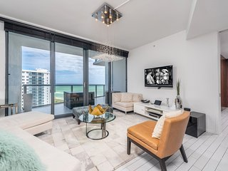 2/2.5 Private Residence at W South Beach 1411