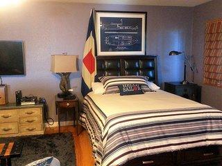 Temperpedic top queen size bed
