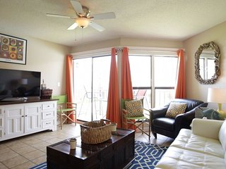 Townhouse on the beach ~ Gulfside Townhome #32 (2bed)