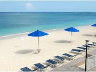 #1 BEACH in GRAND CAYMAN Coral Sand Beachfront, Playa de Siete Millas