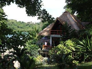 3 Bedroom Luxury Villa and Beach in Puerto Galera