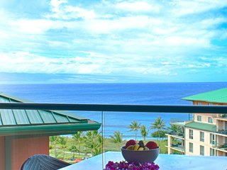 Maui Resort Rentals: Konea 919 * Honua Kai  –  2 BR Corner w/ Dramatic 9th Floor