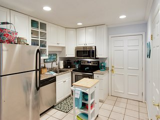 Special: Open Jan dates only $85/night or $535/week!  2 Bed/2 Bath w/wifi, Hilton Head