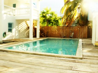 Azul Maya Villa Fondo - Pool & short walk to beach