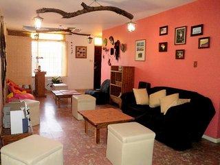 Amplia casa en alquiler, Mendoza