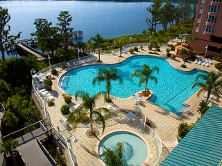 Beautiful condo Close to Disney! LakeView