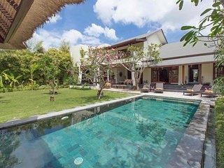 BEAUTIFUL OASIS 3 BR VILLA in SEMINYAK