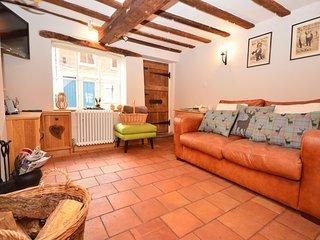DAMN8 Cottage in Wymondham, Hingham