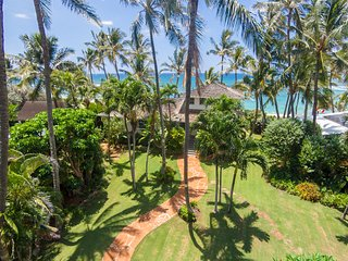 North shore beachfront home, Haleiwa
