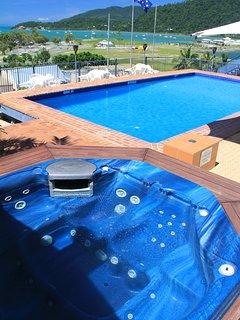 1 Bedroom Ocean View Suite - 11