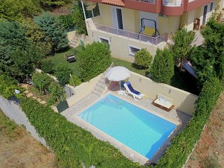 House with private pool near Athens Airport/Port