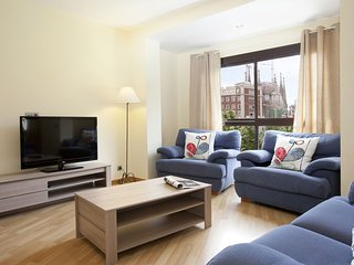 Charming Sagrada Familia 1.2 apartment in Eixample Dreta with WiFi, airconditioning, gedeeld terras…, Barcelona