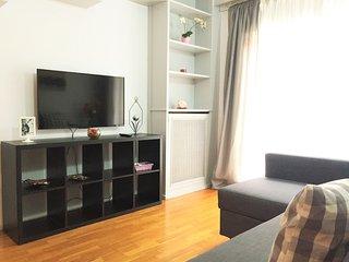 Nice apartment located on Eixample neigborhood just 5 min from Rambla Catalunya!