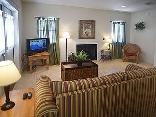Seaview Cottages 6 - Great Value, Family Vacation Home, and 2 Minute Walk to Sand! ~ RA88940, Panama City Beach
