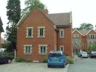 Semi detached two bedrooms house centrally located, Canterbury