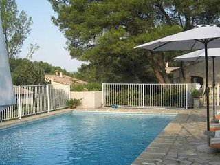 Montpellier villas in France with pools sleeps 5, Castelnau-le-Lez