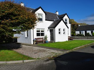 Rockpool Cottage - Isle of Seil - Near Oban
