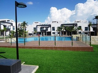 2 Bedroom Apartment / A/C / La Zenia Boulevard #45