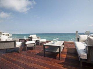#336 New Oceanfront Designer Luxury on Dry Beach, Malibu