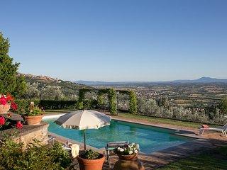 Costantino, splendid panoramic villa, Cortona