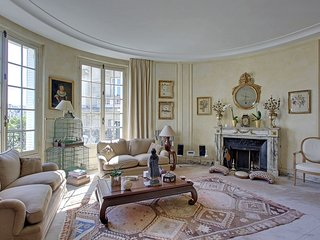 Splendid Three Bedrooms Saint-Germain Raspail