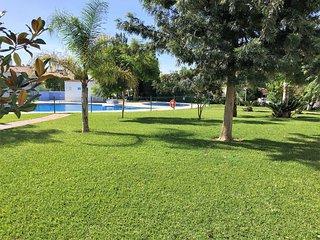 Vacaciones con niños en Caleta, Caleta De Velez
