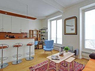 Lovely 1 bedroom Saint Germain des Pres P0783