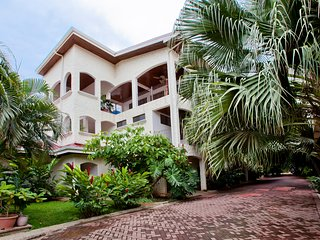Central Located Beautiful 2-Story Condo, Tamarindo